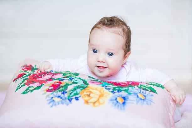 toallas a punto de cruz para bebes